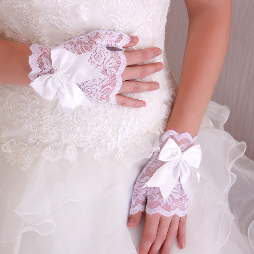 2e9c076fddbff Gants Mitaines Courts Dentelle Mariage Noeud Satin Blanc Mariage ...